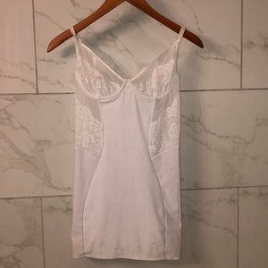 Other - WHITE LACE CHEMISE